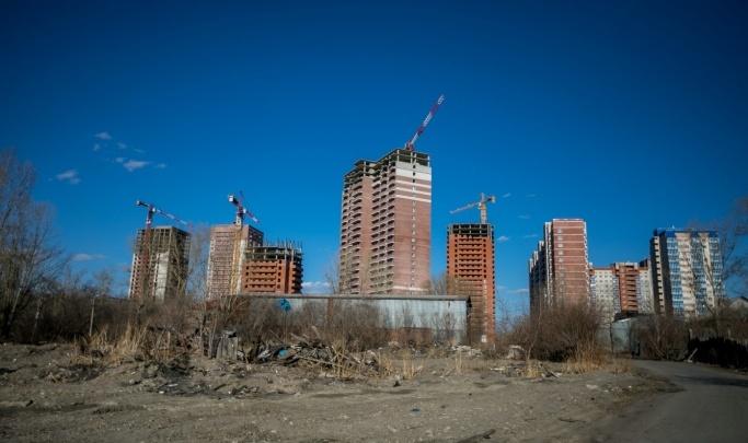 Дольщикам недостроев «Зодчего» и «Су-208» согласовали компенсацию на аренду жилья