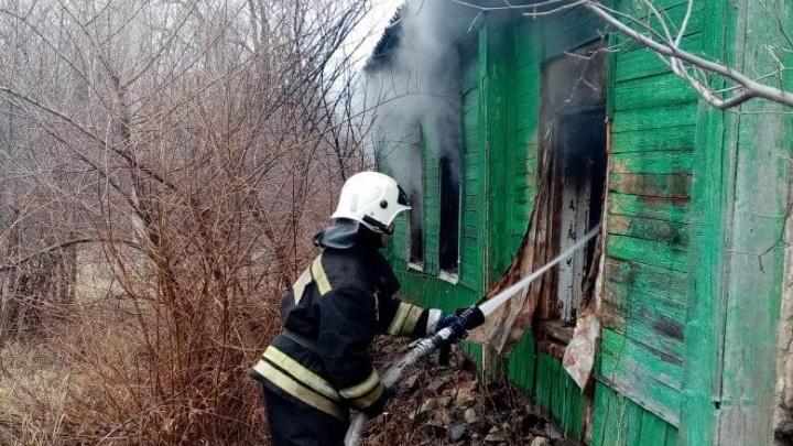 «Черти мерещились»: в Волгоградской области заживо сгорел мужчина с белой горячкой