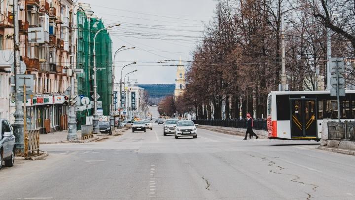 Ситуация на 25 апреля: в крае побит рекорд по количеству зараженных, в РЖД рассказали о ситуации в больнице