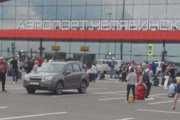 Аэропорт в Челябинске «заминировали» пятый раз за неделю