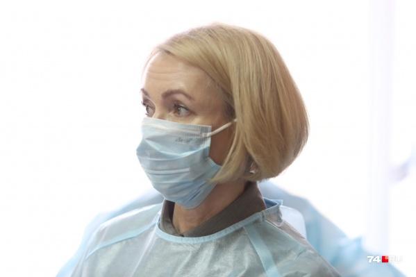 """Закрепить пациентов с <nobr class=""""_"""">COVID-19</nobr> за отдельными поликлиниками — здравое предложение, считает Ирина Гехт"""