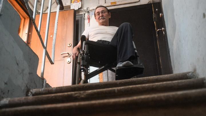 «Рекорд бесполезности держит совет больше ходить»: журналист в коляске — о годовщине ампутации