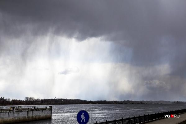В Ярославской области до 18 часов 7 мая действует экстренное предупреждение