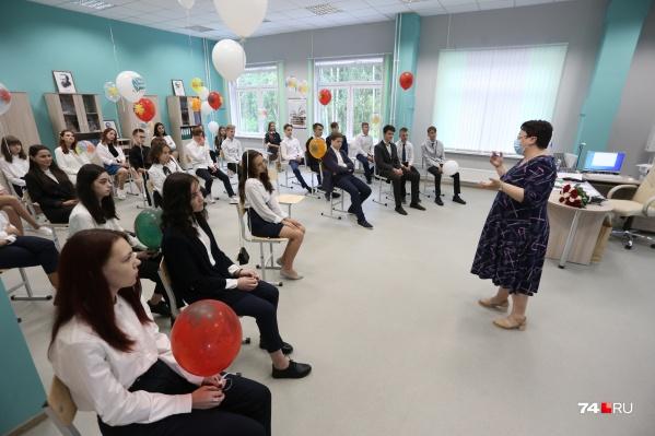 Новая воспитательная программа предполагает как коллективную работу со школьниками, так и индивидуальные мероприятия