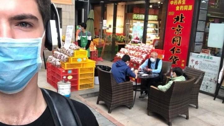 «Для России потребуется еще месяц»: красноярец рассказал о жизни в карантинном Китае