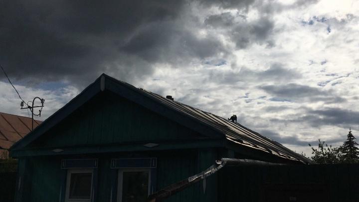 Град, гроза и сильный ветер: синоптики объявили штормовое предупреждение в Тюменской области