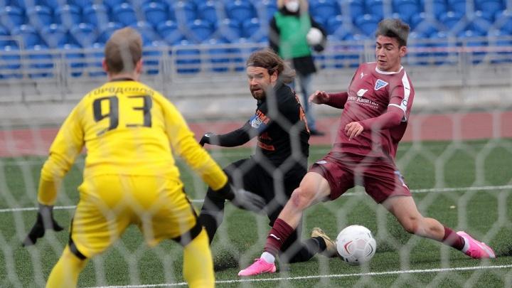 Эрик Бикфалви забил с центра поля и протащил «Урал» в плей-офф Кубка России