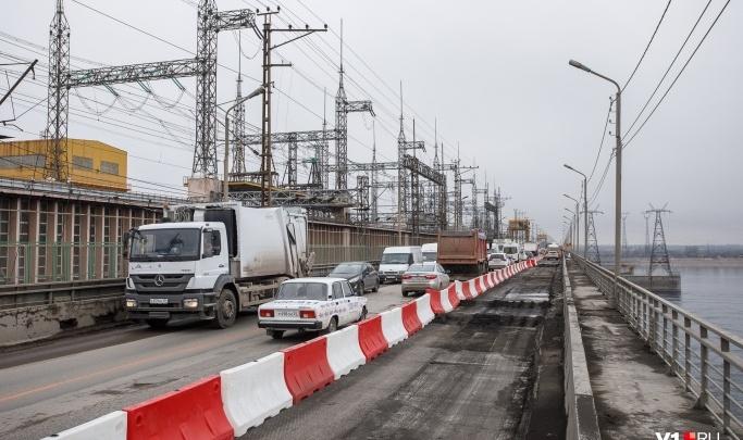 Плотину Волжской ГЭС закрыли для всех грузовиков