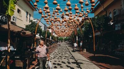 Из какой страны тюменцы чаще всего привозят коронавирус (печальная статистика курортного сезона)