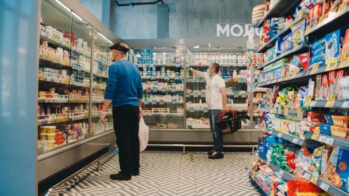 Открытие больших магазинов и автошкол. Хроника COVID-19 в Тюменской области