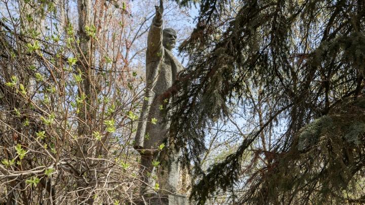«Это плевок в нашу историю»: Михаил Таранцов — о сносе памятника Ленину