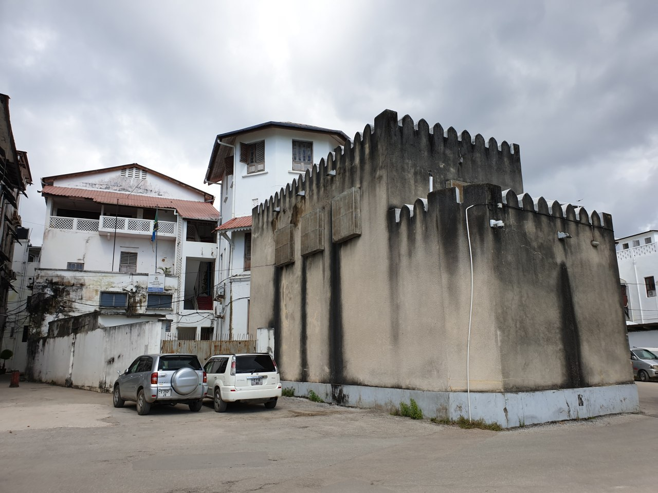 Частный форт у дома богатого купца<br><br>