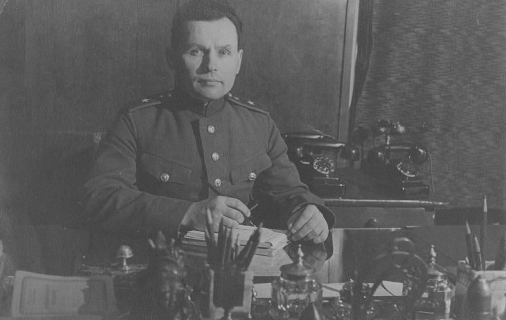 председательствующий трибунала генерал-майор И.Ф. Исаенков