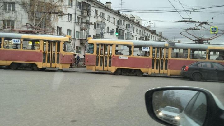 В Пионерском из-за ДТП встали трамваи и троллейбусы