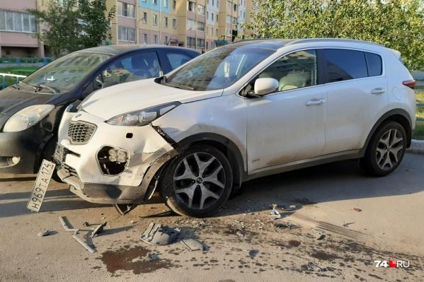 Пострадали пять припаркованных автомобилей, в основном иномарки