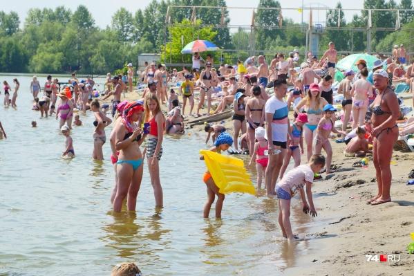 Аномальная жара задержится в Челябинске надолго, так что к проверенным советам точно стоит прислушаться