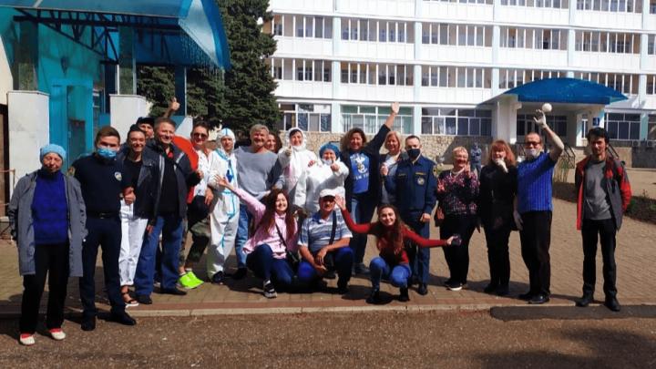 Вахтовиков с Чаядинского месторождения отпустили домой после обсервации в Башкирии