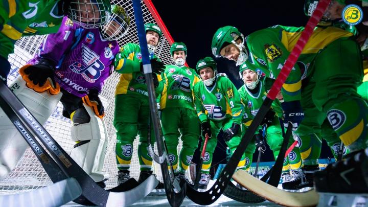 «Водник» стал бронзовым призером чемпионата России по хоккею с мячом