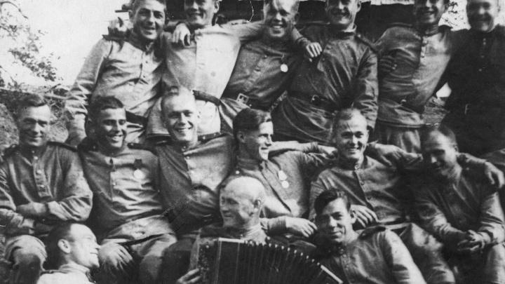 Ранения изменили внешность, но не сломили дух: 14 историй героев войны