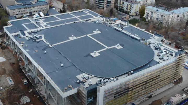 Видео: в Самаре в новом Дворце спорта сделали крышу
