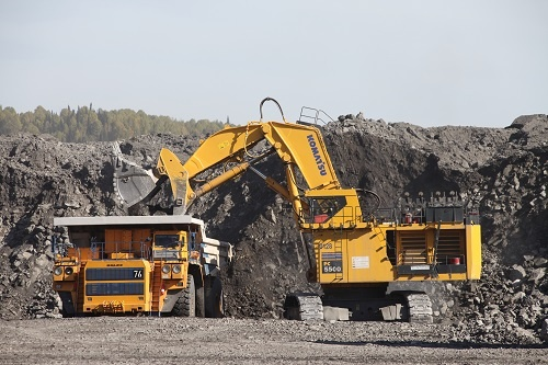 Новый участок кузбасской земли продали для добычи угля. Сумма сделки — почти 500 миллионов рублей