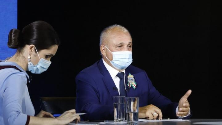 Цивилев попытался объяснить повышение цен на «коммуналку» в Кузбассе на 15%. Рассказываем, как вышло