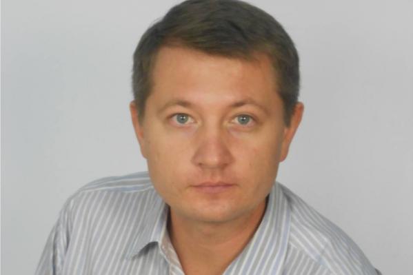 Вячеслав Мельников делился, что когда-то сам стал жертвой мошенников на рынке долевого, поэтому сейчас предпочитает работать только на вторичке