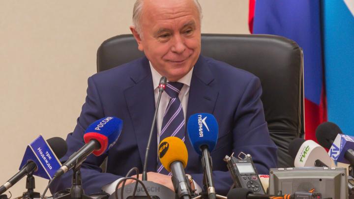 Правительство отклонило идею лишить экс-губернатора Меркушкина доплаты к пенсии