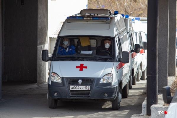 В Минздраве заявили, что скорые теперь почти не стоят в очереди на КТ, а оставляют пациентов на месте и едут на другие вызовы