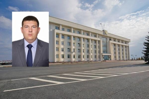 Конфликт прокомментировал врио министра ведомства