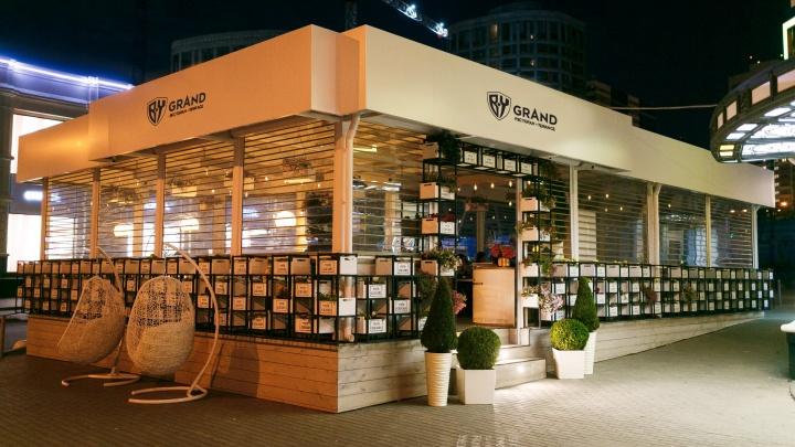 BABA YAGA накормит всех: в Екатеринбурге открылся ресторан, о котором знают даже в Тель-Авиве