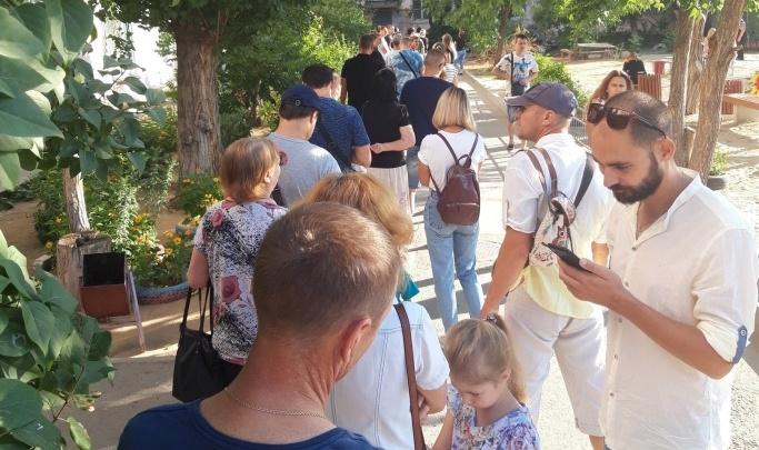 Очереди были настоящими, но мы их ликвидировали: врачи объяснили ажиотаж в детских поликлиниках Волгограда
