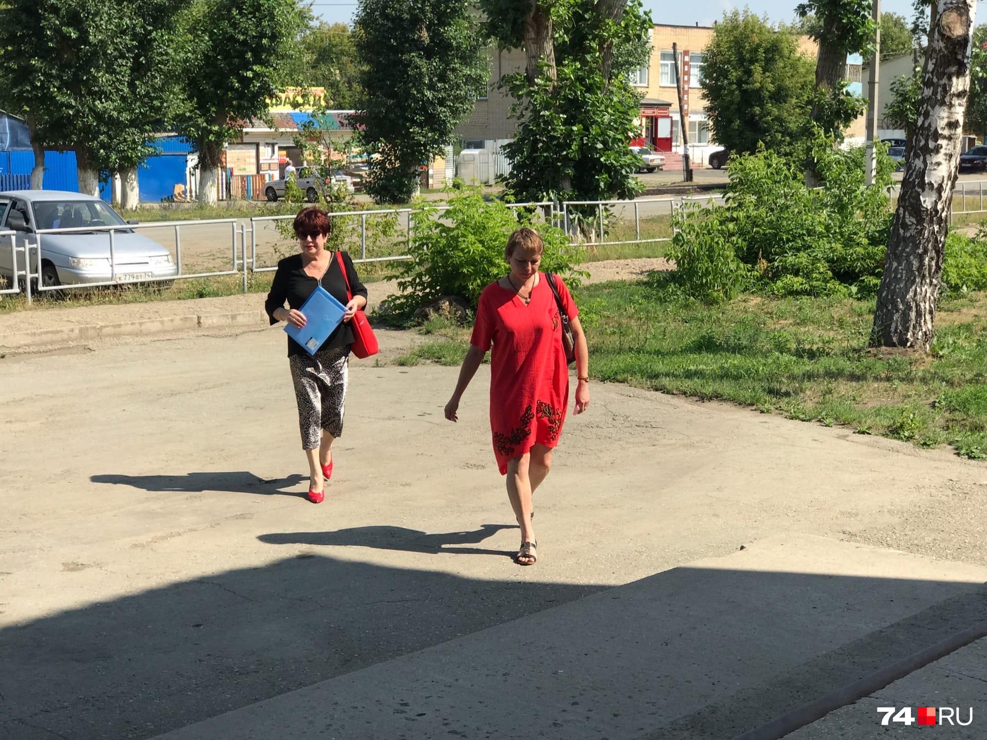 Представители потерпевших на заседания приезжают из Екатеринбурга — там живут водитель и пассажиры «Лады»