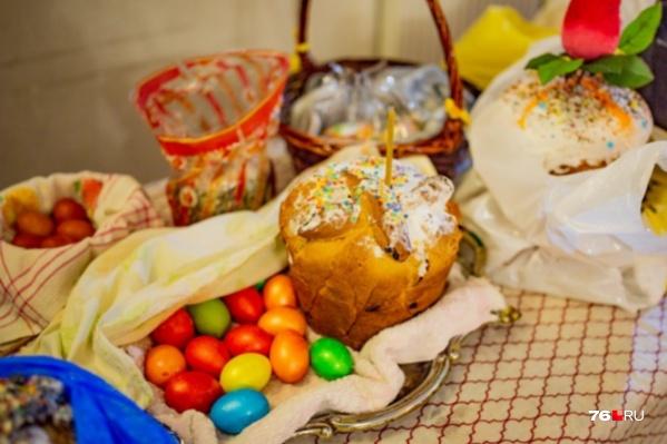 В каждом доме есть свои секреты создания красивых яиц и куличей