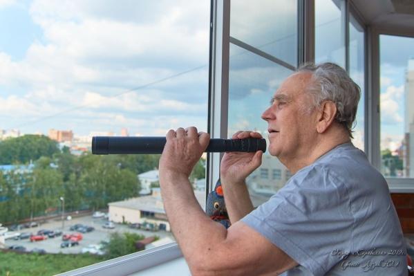 Владислав Крапивин родился и жил в Тюмени. Он также почетный гражданин нашего города
