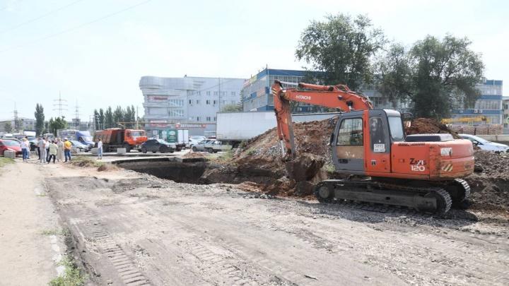 Сократят ширину проезжей части? У подрядчиков возникли проблемы с ремонтом Заводского шоссе