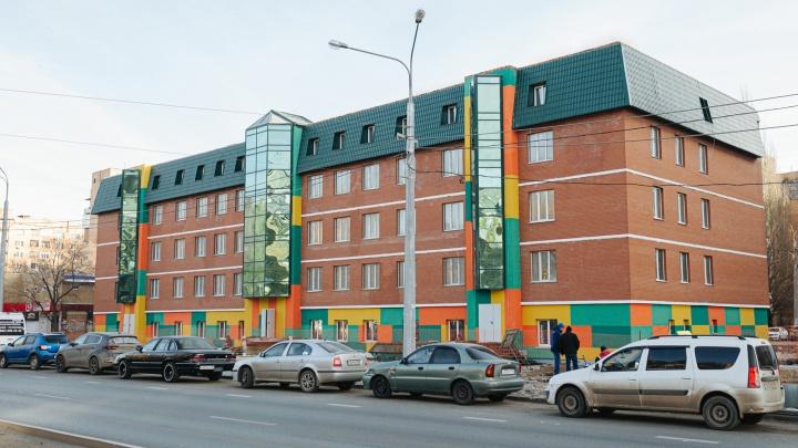 «Красный дом» в цифрах: пять причин переехать в необычный жилой комплекс