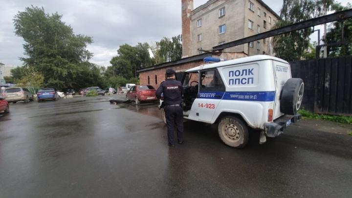 В Екатеринбурге осудили агрессивного водителя, который подрался на месте ДТП, а затем убил воришку