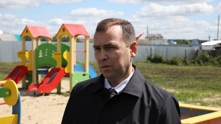 «Обычный» человек Вадим Шумков необычно позвал голосовать за поправки в Конституцию