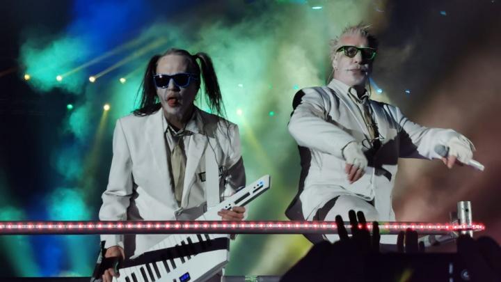 Лидер Rammstein после концерта в Екатеринбурге устроил VIP-вечеринку с девочками