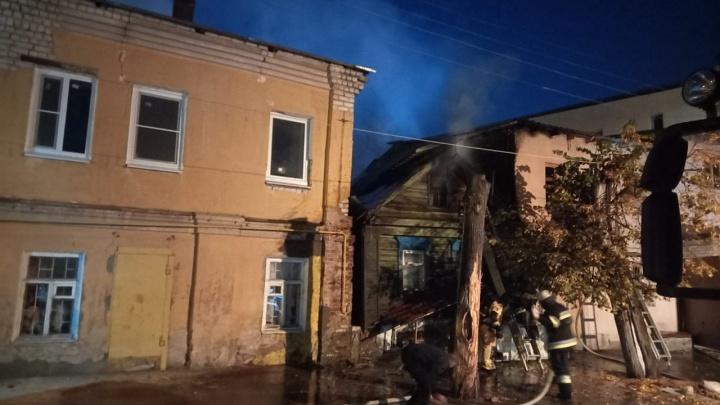 В Канавинском районе из-за крупного пожара эвакуировали 35 человек