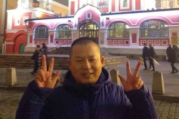Медик бежал от коронавируса из Китая, но всё равно заболел