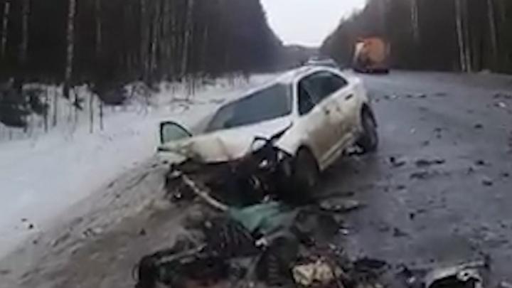 Появились подробности аварии с КАМАЗом в Башкирии, где погибли два человека