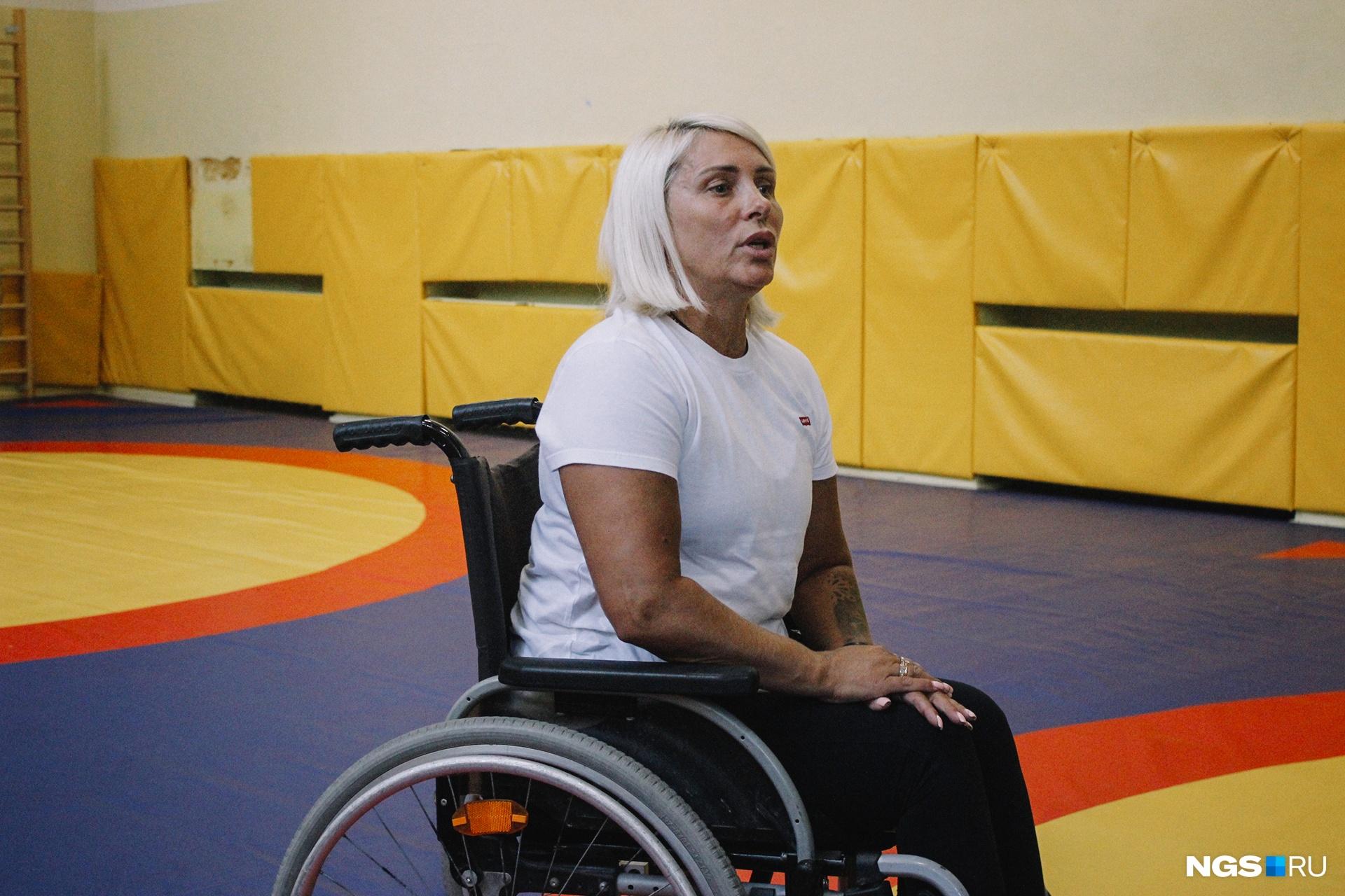 Анжелика сейчас работает тренером по спортивной гимнастике