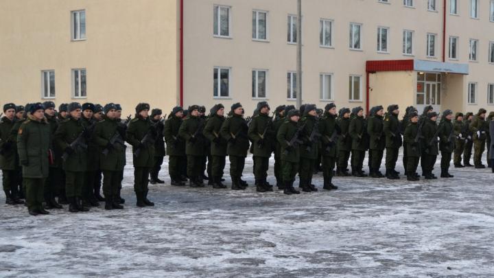 После публикаций в СМИ северянина, над которым издевались в армии, проверили на детекторе лжи