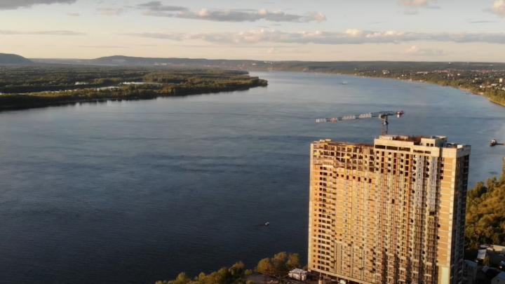 «Корпус скучноват»: на берегу Волги построили 24-этажный дом