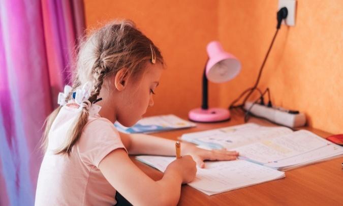Омские родители перевели более тысячи детей на дистант по собственному желанию