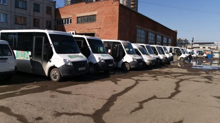 «У перевозчиков наступил кризис»: омский частник — о работе транспорта в режиме самоизоляции