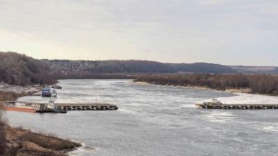 Между Павловом и поселком Тумботино разводят мост во время ледохода. Власти просят потерпеть