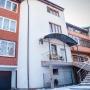 «Подчеркивает ваш статус»: у тюменской набережной продают четырехэтажный дом за 86 миллионов рублей